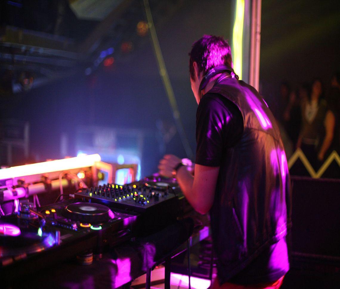 Ajax_DJ 2